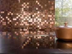Los revestimientos en la pared siguen siendo tendencia en el diseño de interiores. Hoy conocemos algunas propuestas de la firma Porcelanosa ¡descúbrelos!