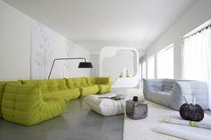 Ligne roset: wiederaufgelegtes Sofa 'Togo' aus dem Jahr 1973