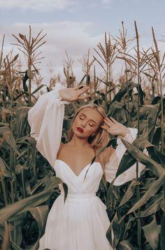 Bohemian wedding dress with sweetheart neckline and long sleeves Summer bohemian wedding dress by Dream&Dress. Gorgeous airy corset bridal dress for e. - Bohemian wedding dress with sweetheart neckline and long sleeves