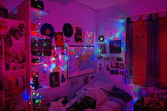 Home Decoration Living Room .Home Decoration Living Room Cute Room Ideas, Cute Room Decor, Dream Rooms, Dream Bedroom, Men Bedroom, Neon Room, Chill Room, Indie Room, Hippy Room