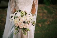 pale and lovely bridal bouquet - Teresa Sena Design - Anna Kim Photography
