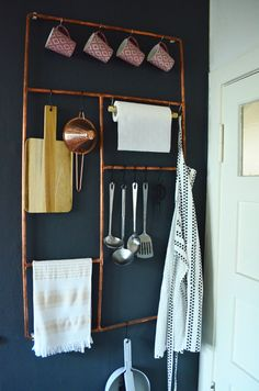 DIY Copper Pipe Wall Organizer