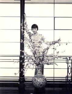 Anna May Wong 1931 - Photo by Earl Crowley