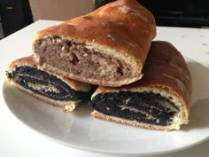 Makový a ořechový závin recept   Vaření.cz Pancakes, Sandwiches, Breakfast, Food, Morning Coffee, Essen, Pancake, Meals, Paninis