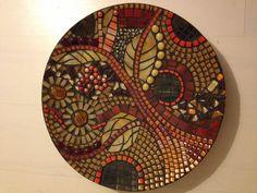Schaal glasmozaiek Mosaic Vase, Mosaic Tile Art, Mosaic Crafts, Mosaic Projects, Stained Glass Projects, Mosaic Ideas, Mosaic Designs, Mosaic Patterns, Mandala