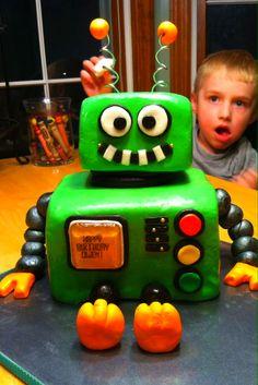 Cute Robot Cake!