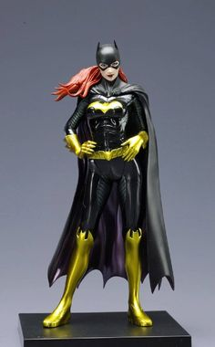 Amazon.com : Kotobukiya DC Comics New 52 Batgirl ARTFX+ Statue : Toy Figure Statues : Toys & Games