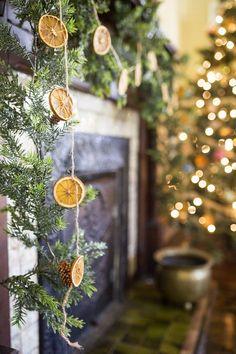 DIY Orange Christmas Garland & Ornaments — Whitken & Co Merry Little Christmas, Country Christmas, Winter Christmas, Christmas Home, Christmas Crafts, Blue Christmas, Xmas, Nordic Christmas, Modern Christmas