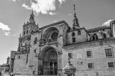 Catedral El Burgo de Osma branco y negro by Brothers Photographers on 500px