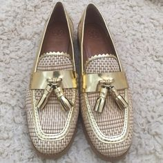 FLASH SALE Authentic Tory Burch shoes New without box Tory Burch Shoes Flats & Loafers