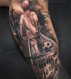 Resultado de imagen para tatuajes padres con sus hijos con un balon