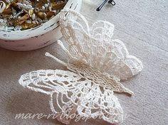 crochet butterfly I - chart is in the next pin - *mare* ka-ša: Rezultati pretraživanja za leptiri Crochet Diy, Beau Crochet, Crochet Gratis, Crochet Amigurumi, Crochet Motifs, Thread Crochet, Irish Crochet, Crochet Doilies, Crochet Flowers