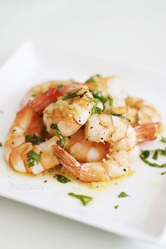 Krewetki z Czosnkiem Raw Food Recipes, Cooking Recipes, Kids Meals, Easy Meals, Polish Recipes, Scampi, Fish And Seafood, Shrimp, Good Food