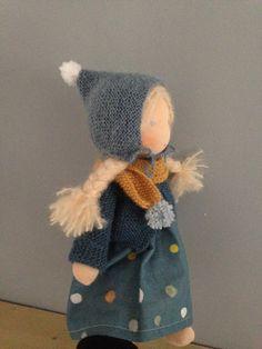 Куклы Waldorf Crafts, Waldorf Toys, Knitted Dolls House, Dollhouse Family, Boy Doll, Soft Dolls, Fabric Dolls, Doll Accessories, Felt Crafts