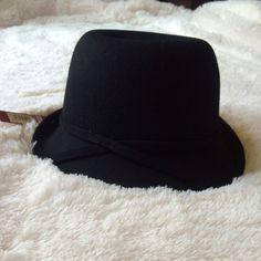 NWT Black Cloche Hat New! Merona Accessories Hats