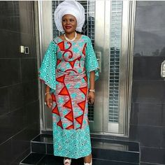Image may contain: 1 person African Dresses For Women, African Attire, African Wear, African Fashion Dresses, African Women, Fashion Outfits, African Beauty, African Clothes, African Lace