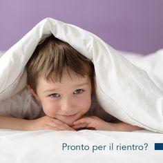 Tornare a scuola è difficile, ma non preoccuparti che a fine giornata c'è un bel letto ad aspettarti!  #scuola #primogiorno