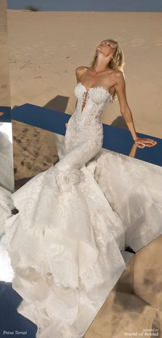 Wedding Dress Vintage - Pnina Tornai is a famous designer in the world and she designed wedding dresses with maximum sophistication and luxury. Get inspired by the best Pnina Tornai wedding dresses! Western Wedding Dresses, Wedding Dresses 2018, Event Dresses, Bridal Dresses, Dresses Dresses, Dress Wedding, Mermaid Wedding Dress Bling, Pinina Tornai Wedding Dresses, Mermaid Dresses
