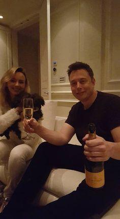Elon Reeve Musk, Mars Wallpaper, Elon Musk Tesla, Generation Z, Tesla Motors, Space And Astronomy, Hot Boys, Role Models, Pony