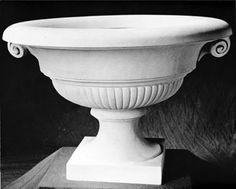 Renaissance: Stone furnishings & stone furniture - 280 CLASSICAL SCROLLED URN
