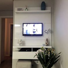Primeiro apê: Decorando a sala Modern Tv Unit Designs, Modern Tv Units, Living Room Tv Unit Designs, Gym Room At Home, Living Room Entertainment Center, Decorating Small Spaces, Home Decor Kitchen, Living Room Decor, Home Theater