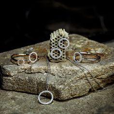 Circle Of Life, Jewelry Making, Wedding Rings, Engagement Rings, Detail, Elegant, Bracelets, Collection, Fashion