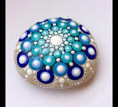 Gartendekoration - Mandala - Gemalter Stein Fee Garten Blau Art - ein Designerstück von CreateAndCherish bei DaWanda