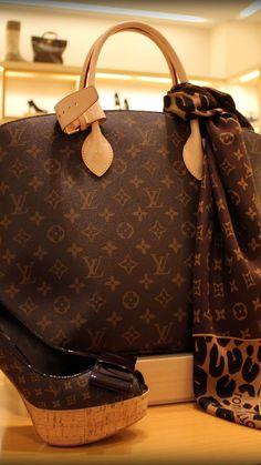 Louis Vuitton - #Luxurydotcom Louis Vuitton Handbags, Louis Vuitton Artsy, Lv Handbags, Louis Vuitton Speedy Bag, Louis Vuitton Monogram, Fashion Handbags, Fashion Bags, Womens Fashion, Fashion Fashion