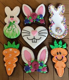 Cute Easter cookies. #justdarlicious #EasterCookies #royalicingcookies #cuteeastercookies #BunnyEarCookies #CarrotCookies…