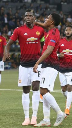 Two French goalscorers for Manchester United💪 Anthony Martial, Marcus Rashford, Premier League Champions, Paul Pogba, Manchester United Football, Soccer World, Europa League, Man United, Football Players