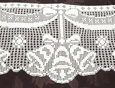 This white Crochet lace Christmas bell mantle scarf will be a great addition to your Holiday decor. Made of cotton thread and measures approximately in total length, long center panel, scarf ends and wide center panel. Matching Tablecloth can be found Cotton Crochet, Thread Crochet, Hand Crochet, Crochet Lace, Crochet Curtains, Crochet Doilies, Filet Crochet Charts, Lace Table Runners, Crochet Wedding