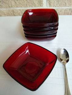 Royal Ruby Charm Dessert Bowls - Set of 7 Red Bowls by Anchor Hocking - 4 Inch Square - Vintage - Excellent Condition by ClassyVintageGlass on Etsy Vintage Dinnerware, Vintage Kitchenware, Red Bowl, Dessert Bowls, Deep Red Color, Anchor Hocking, Holiday Tables, Bowl Set, Retro Vintage