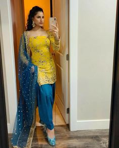 #patiala #fashion #indianwear Indian Fashion Dresses, Dress Indian Style, Indian Outfits, Ladies Suits Indian, Indian Attire, Patiala Suit Designs, Kurti Designs Party Wear, Stylish Dress Designs, Stylish Dresses