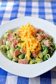 Pasta Salad, Cobb Salad, Gnocchi, Ravioli, Ethnic Recipes, Food, Meal, Essen, Cold Noodle Salads