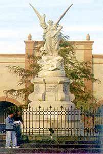 Plaza Acuña in Saltillo, Coahuila, Mexico - Tour By Mexico  ®  http://www.tourbymexico.com/coahuila/saltillo/saltillo.htm