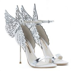 Fancy Shoes, Pretty Shoes, Cute Shoes, Me Too Shoes, Bridal Shoes, Wedding Shoes, Butterfly Heels, Silver Outfits, Shoe Makeover