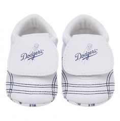 LA dodgers baby shoes...oh this is happening!!!!