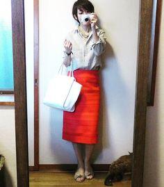 ユニクロリネンシャツの赤が効いたコーデと売れ残りの緑 8月4日  #今日のコーデ #今日の服 #今日のコーディネート #ママコーデ #ワーキングママ #ママコーディネート #ママファッション #ユニクロ #uniqlo #iena #gaimo #iemo
