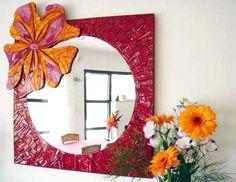 Miroir mosaique Mirror Mosaic, Mosaic Art, Mosaic Glass, Fused Glass, Mosaics, Mosaic Bottles, Hibiscus, Mosaic Projects, Mosaic Ideas