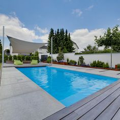 Indoor Swimming Pool Cost to Build . Indoor Swimming Pool Cost to Build . Really Interesting Flooring In This Pool I Guess the Cheap Inground Pool, Pool Steps Inground, Lap Pool Cost, Natural Swimming Pools, Indoor Swimming, Pool Installation Cost, Small Backyard Pools, Pool Decks, Pool Maintenance Cost