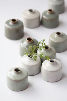 beautiful ceramic vases Art Ideas 9 simple and modern tips and tricks: paper vases glasses hanging vases diy. Hanging Vases, Bud Vases, Wall Vases, Wooden Vase, Ceramic Vase, Clay Vase, Pottery Vase, Ceramic Pottery, Slab Pottery
