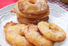 Apple fritters with Thermomix, recipe for crispy good donuts and good … – Engagement Rings Beignets, Churros, Crepes, Donuts, Dacquoise, Thermomix Desserts, Apple Fritters, Weight Watchers Desserts, Onion Rings