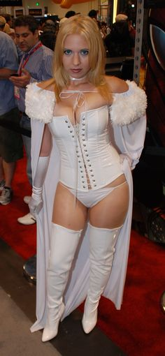 Character: Emma Frost (aka The White Queen) / From: MARVEL Comics 'The Uncanny X-Men' / Cosplayer: