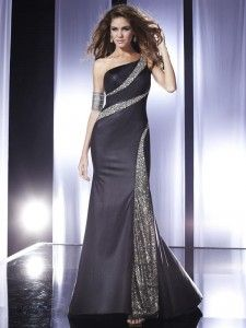 vestidos de noche de color negro 14