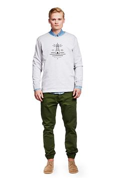 Shop Makia sweatshirts for men at the official online store. Mens Sweatshirts, Spring, Long Sleeve, Sweaters, Clothes, Collection, Fashion, Men's Sweaters, Outfits