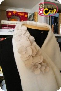 broche  flor de feltro