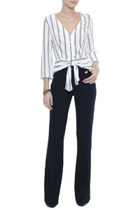 Camisa Stripes  Mônaco Work Fashion, Fashion Looks, Fashion Outfits, Womens Fashion, Business Outfits, Office Outfits, Blouses For Women, Pants For Women, Look Office