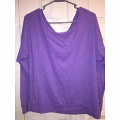 Victoria's Secret Pink Long Sleeve Tee Hardly worn and in good condition.  PINK Victoria's Secret Tops Tees - Long Sleeve