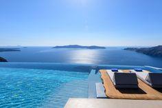Where to stay in Santorini? 10 most amazing hotels for your next holiday! Hotels In Santorini Greece, Santorini Villas, Honeymoon Hotels, Best Honeymoon Destinations, Best Hotel Deals, Best Hotels, Daniel Santos, Dana Villas, Best Greek Islands