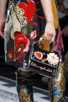 Dolce & Gabbana Fall 2017 Ready-to-Wear Fashion Show Details